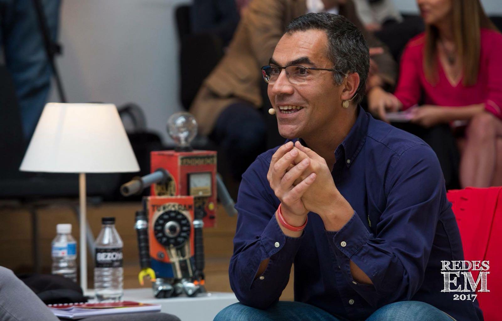 """""""Las Redes Sociales nos han abierto muchas puertas a los pacientes, se pueden hacer cosas más grandes que un Ironman"""" – Ramón Arroyo, en #FFPaciente."""