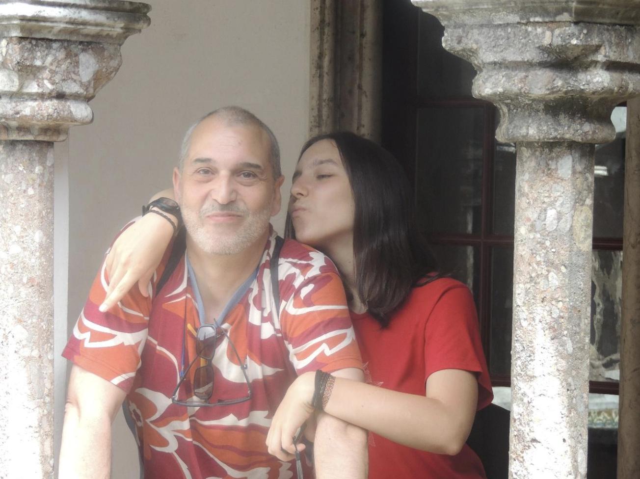 «No debemos olvidar nunca que las personas que quieren quitarse la vida no quieren morir, quieren dejar de sufrir, encontrar, conocer, la forma de dejar de sentirse tan mal.». – Jose Carlos Soto, superviviente por suicidio, en #FFPaciente.